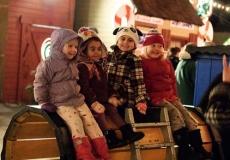 27_Train-Kids